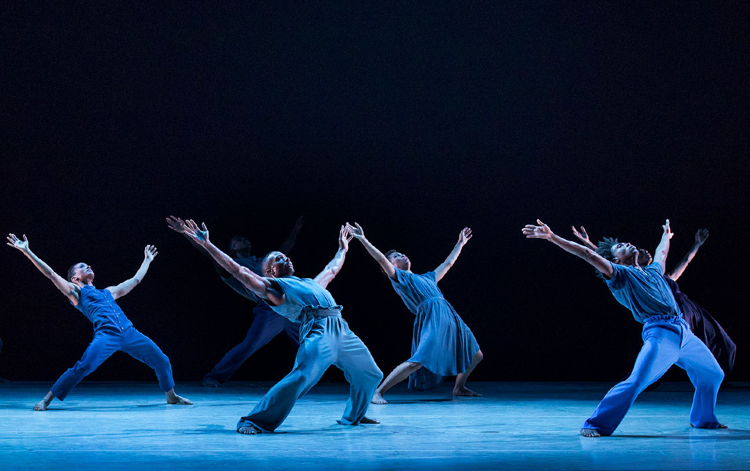 Alvin Ailey American Dance Theater in Jamar Robert's MEMBERS DON'T GET WEARY. Photo by Paul Kolnik